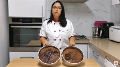 טיפ לעיצוב עוגות - טיפ לעוגה גבוהה, רכה ונימוחה | דורית יחיאל