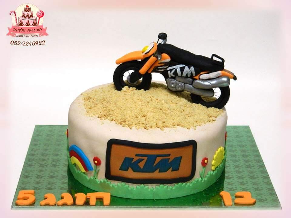 עוגת אופנוע לבן, עוגות יום הולדת לבנים, מעוצבות בצק סוכר | הסוכריה והעוגה - דורית יחיאל