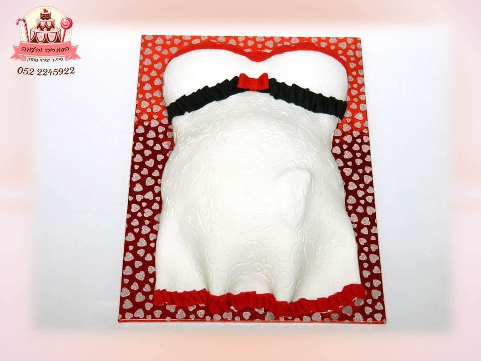 עוגה מעוצבת לאישה בהיריון