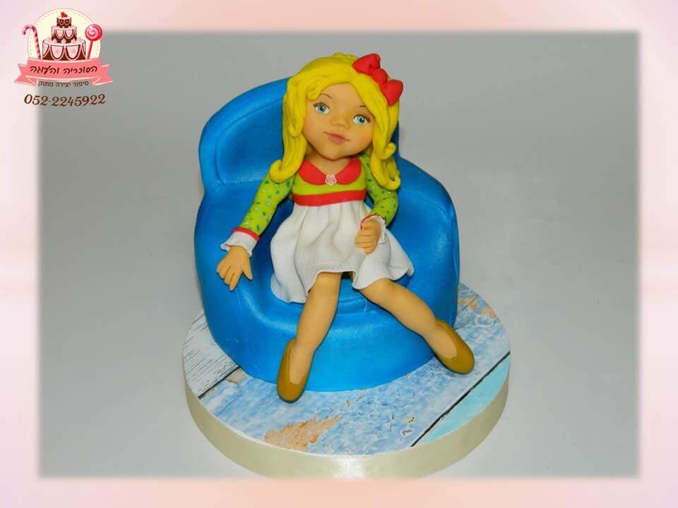 עוגת בנות מעוצבת בבצק סוכר - עוגות יום הולדת לבנות